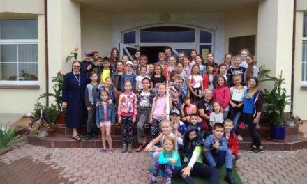 Відбувся літній християнський табір «Запрошені на Царський Бенкет»