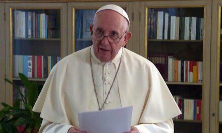 Папа: Виховання – протиотрута культурі індивідуалізму