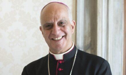 Голова Папської Ради Архиєпископ Фізікелла про встановлення мирянського служіння катехита