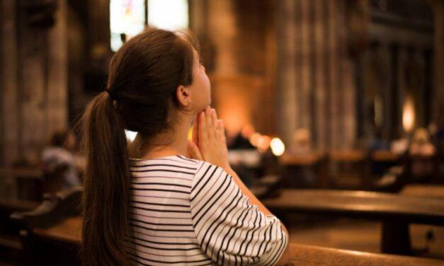 Недостатньо відвідувати Бога в церкві